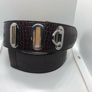 WHBM maroon faux snake skin leather line belt XS/S